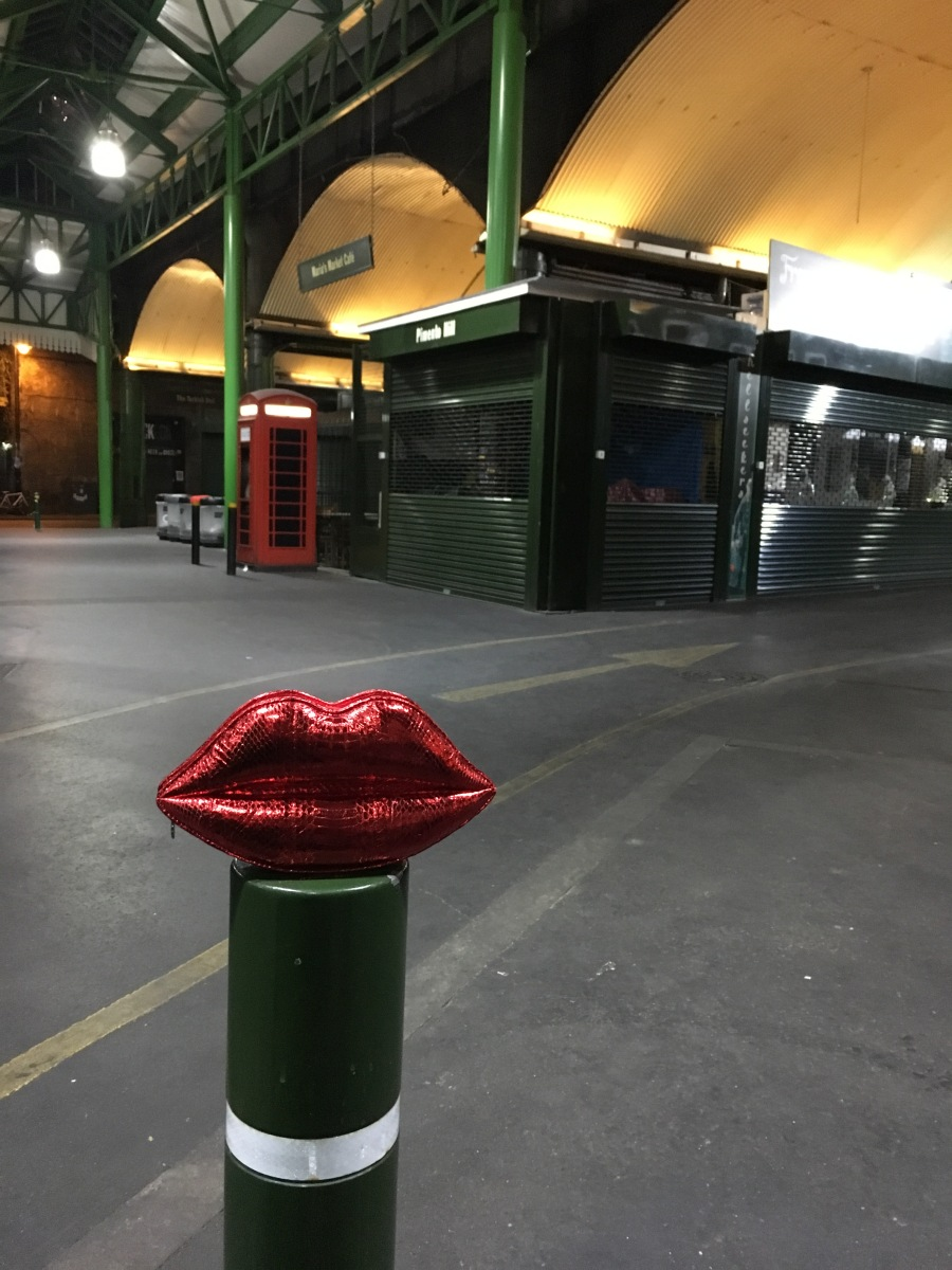 lips-on-post-at-borough-market